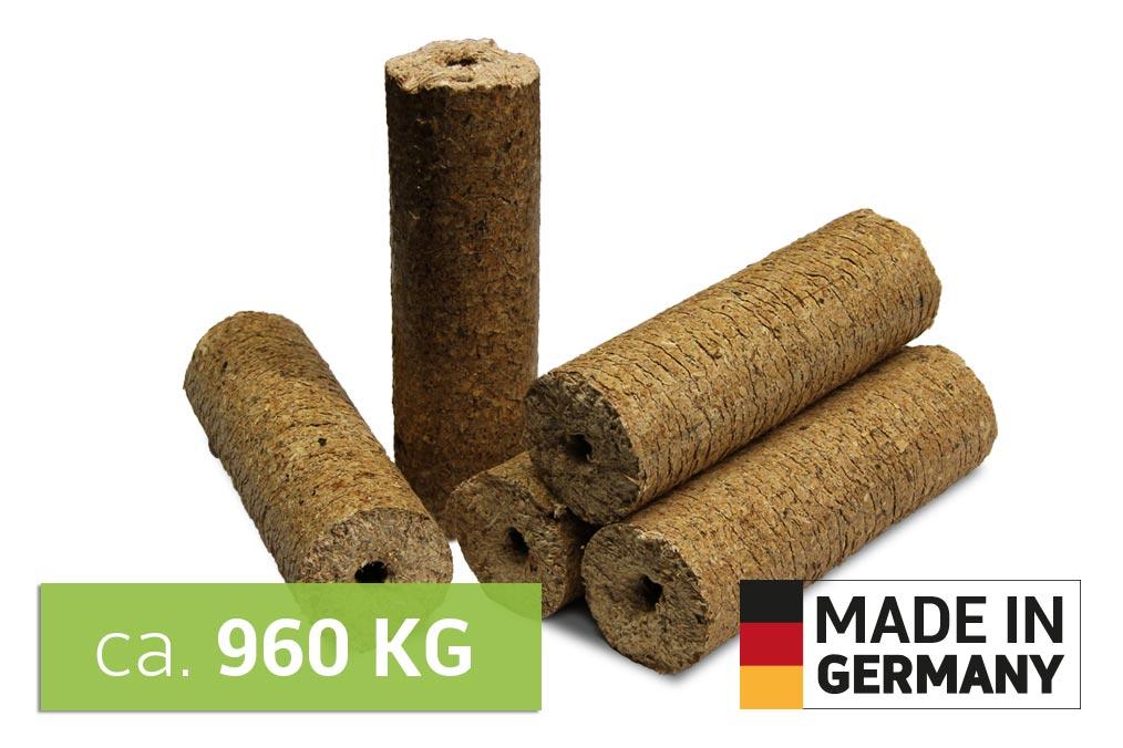 Holz Briketts auf Palette - Mischholz mit loch Retax eco